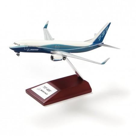 Model Boeing 737-800, plast, 1:200